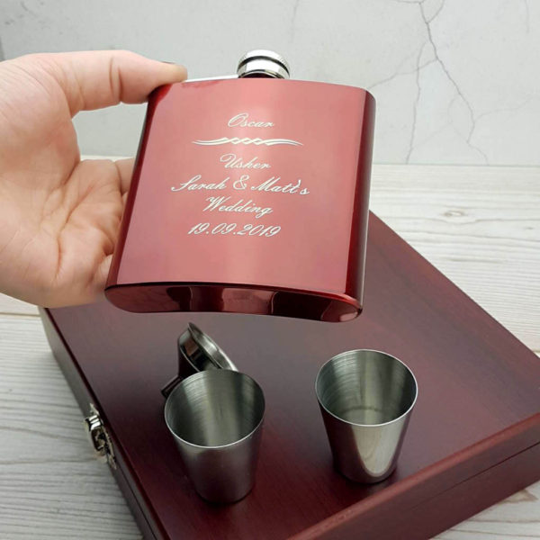 Striking personalised hip flask with gorgeous presentation box, funnel and nip cups - WIA1026